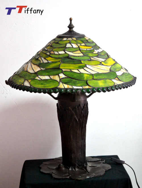 Lotus Bronze Base Tiffany Stained Glass Table Lamp T19001