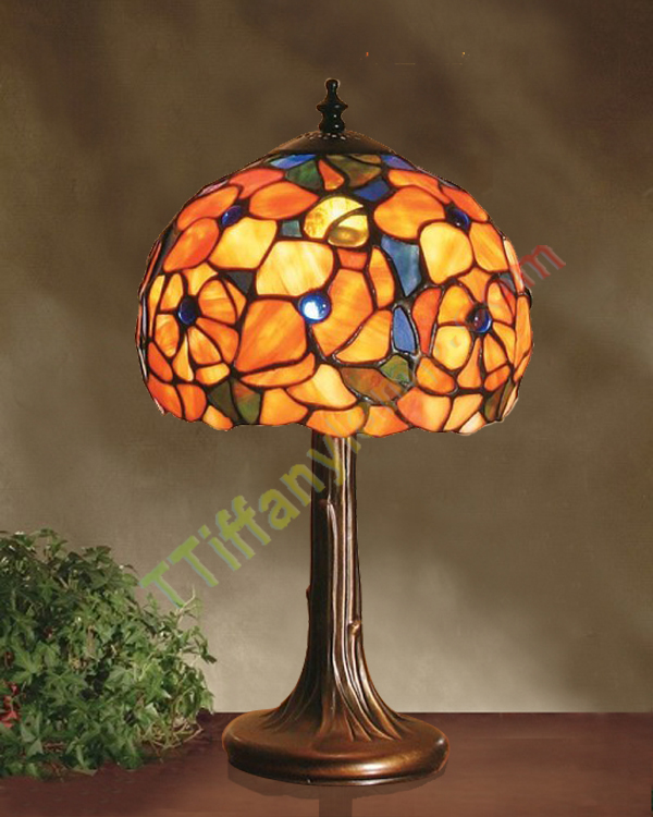 small tiffany table lamps roselawnlutheran. Black Bedroom Furniture Sets. Home Design Ideas